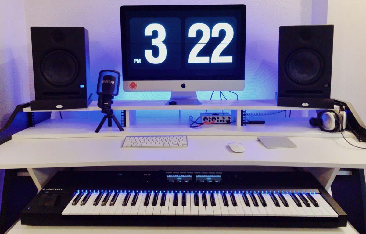 Стол для студии звукозаписи UA Acoustics